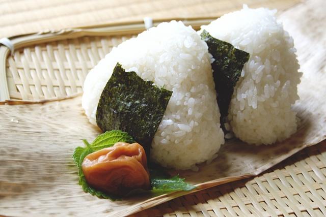 粘りの強いお米のおすすめ4品種!もっちりして甘味の強いお米を厳選!ゆめぴりか、ミルキークイーン、夢ごこちなど。